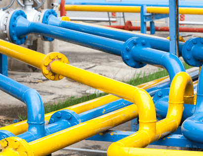 above ground gas main installation pipes in plant